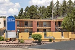 Travelodge Flagstaff, Grand Canyon dog friendly hotel, pet friendly hotel in Grand Canyon